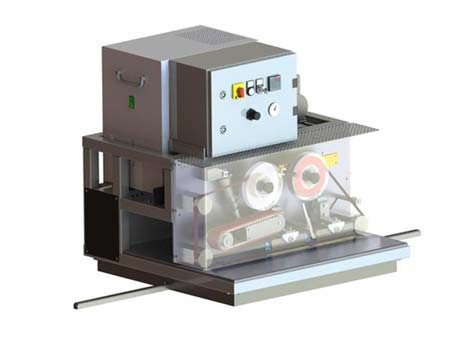 Continuous belt circulating welding machine